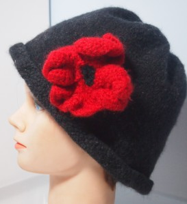 Remembtance Day hat, felted version
