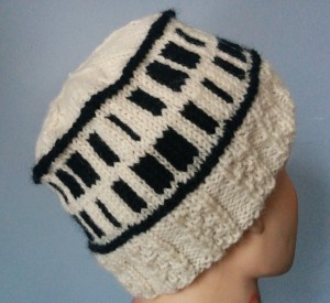 Hat using Elongated Check Pattern